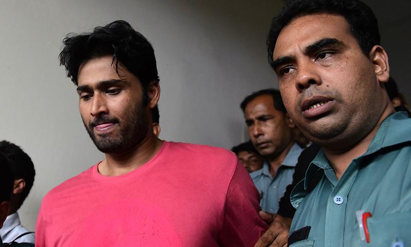 بنگلہ دیشی کرکٹر شہادت حسین نے بورڈ کے فیصلے کو نہ مانتے ہوئے اپیل کرنے کا اعلان کیا ہے— فائل فوٹو: اے ایف پی