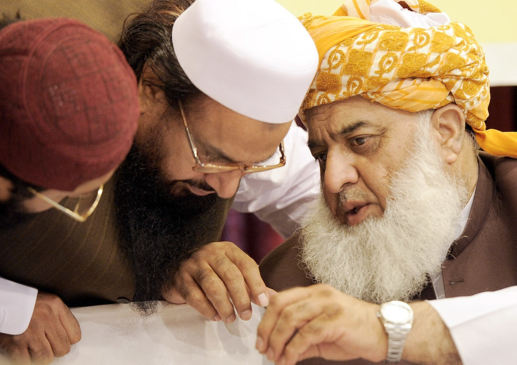 Losing and making allies comes naturally to the Maulana | Tanveer Shahzad/White Star