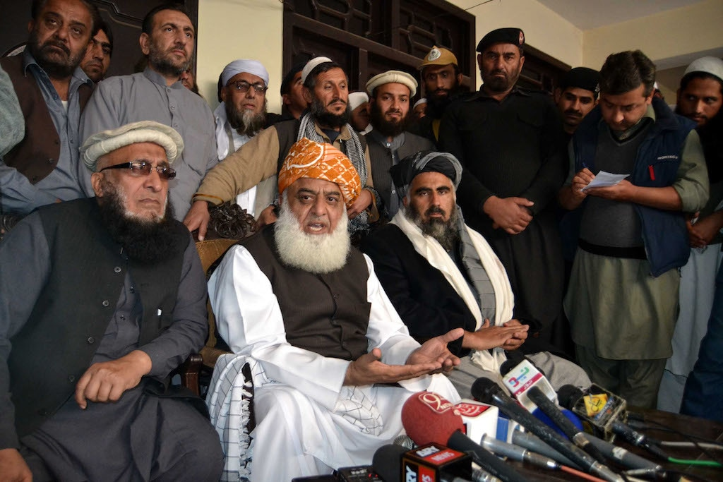 Maulana Fazlur Rehman speaks to journalists in Peshawar | Shahbaz Butt/White Star