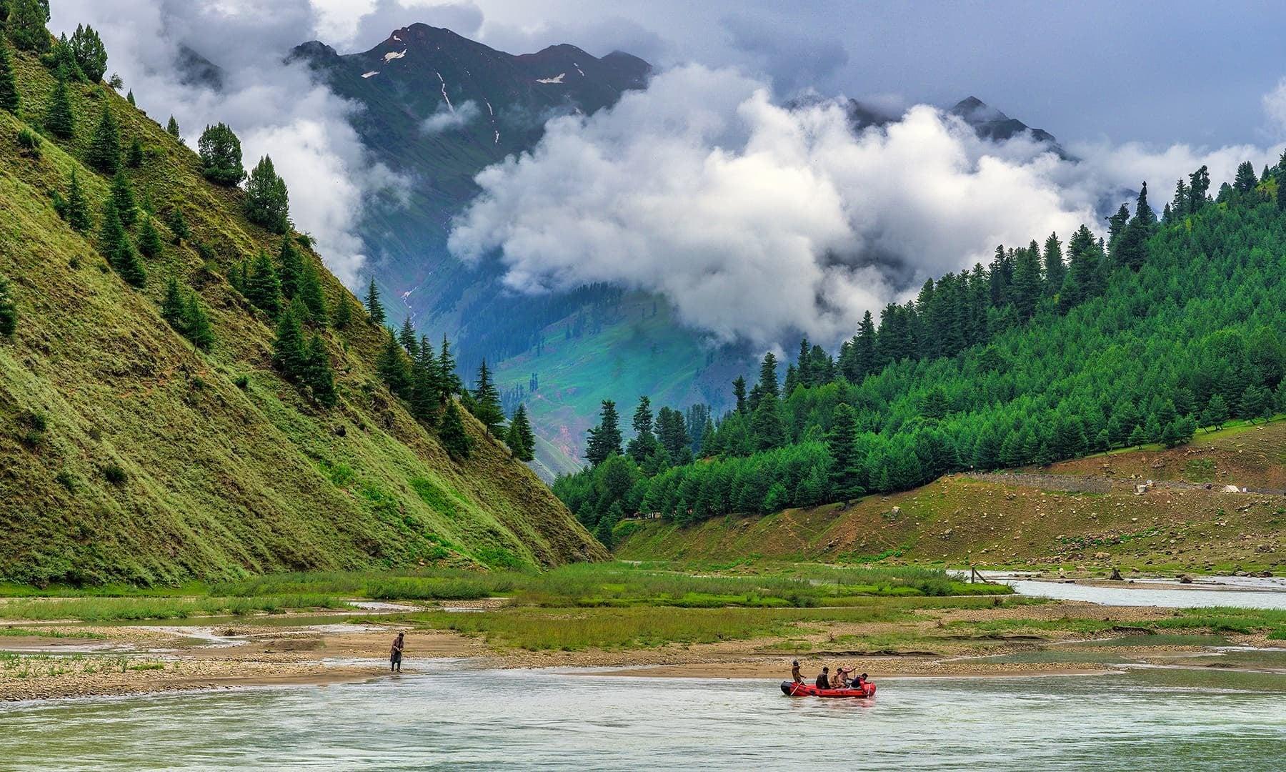 Kunhar River, Naran Valley. — Photo by Syed Mehdi Bukhari