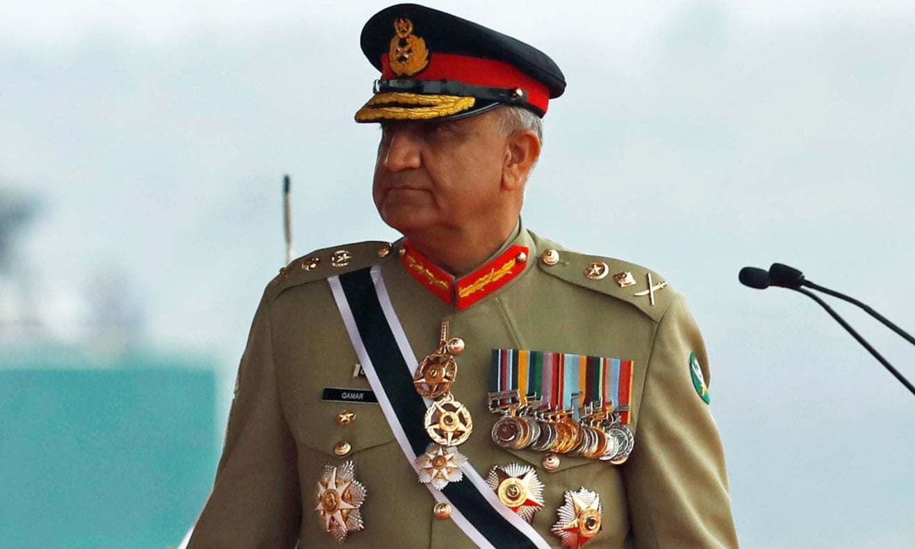 Army Chief Gen Qamar Javed Bajwa was previously due to retire at midnight. — Reuters/File