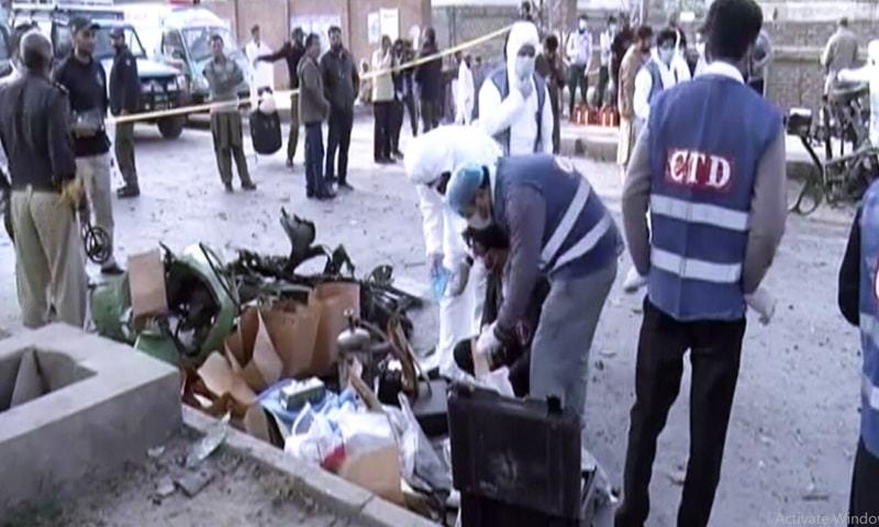 10 injured in rickshaw blast in Lahore's Chauburji area