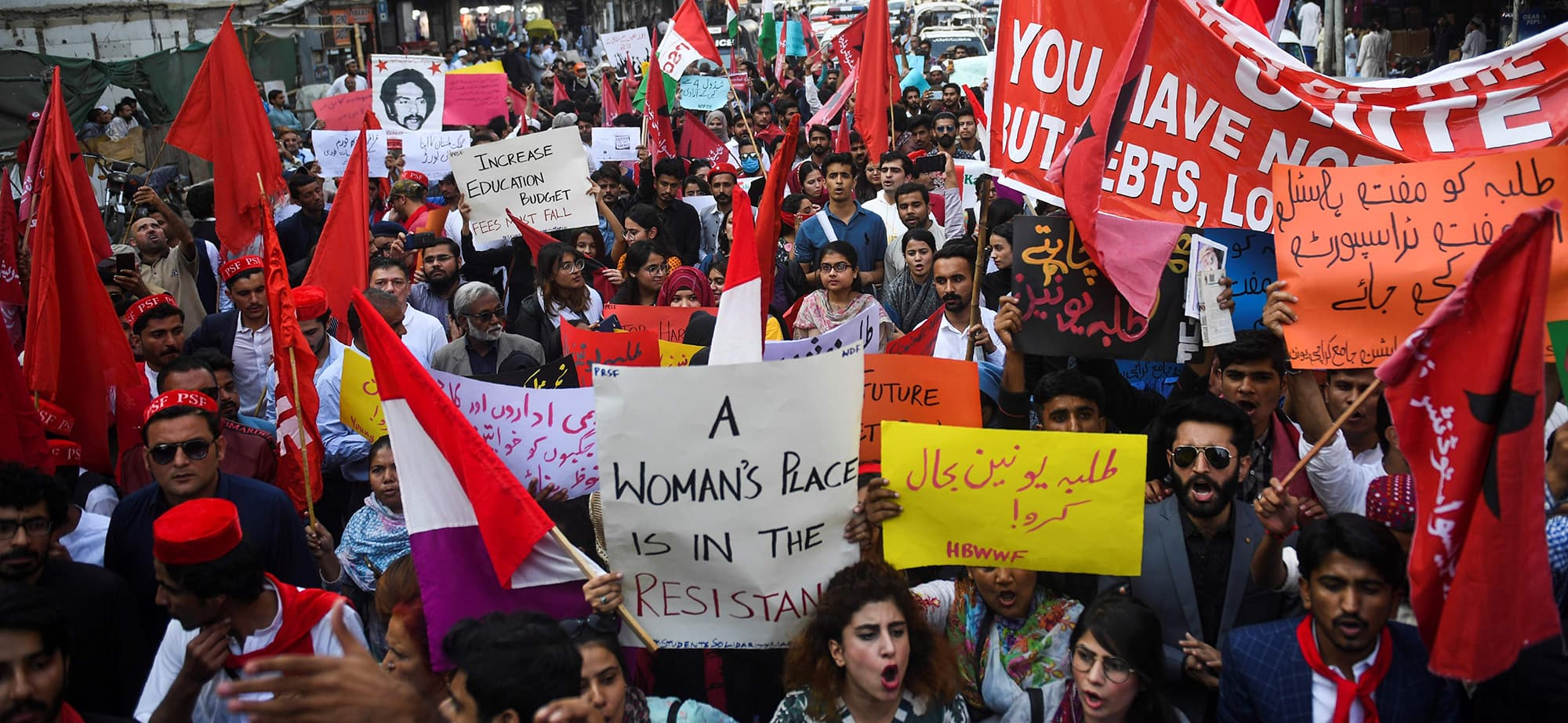 Protesters take part in a demonstration demanding for reinstatement of student unions, education fee cuts and batter education facilities, in Karachi on November 29, 2019. (Photo by Asif HASSAN / AFP) — AFP or licensors