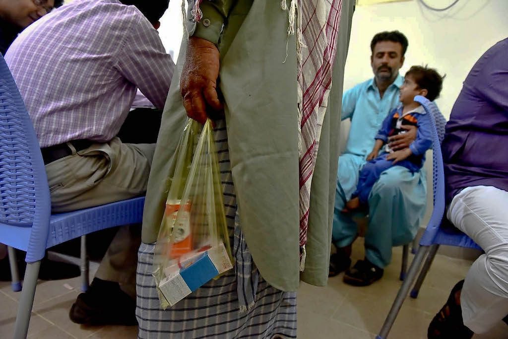 Healthcare facilities/providers should ensure voluntary counselling and testing | Fahim Siddiqi/White Star