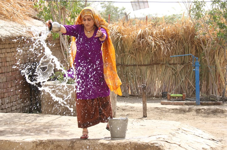 Bushra as Sheeda in Udaari