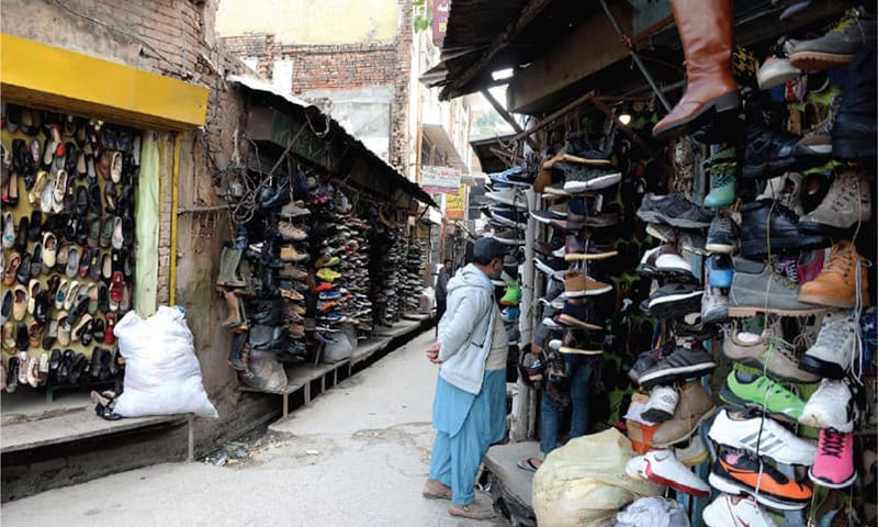 Pre-partition landa bazaars in Rawalpindi a 'blessing' for inflation-hit citizens