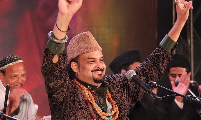 امجد صابری کا شمار پاکستان کے بہترین فنکاروں میں کیا جاتا تھا — فوٹو/ فائل