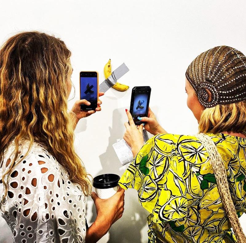 کیلوں کو دیوار سے لٹکانے کے شاہکار آرٹ کو کئی لوگوں نے سراہا—فوٹو: انسٹاگرام