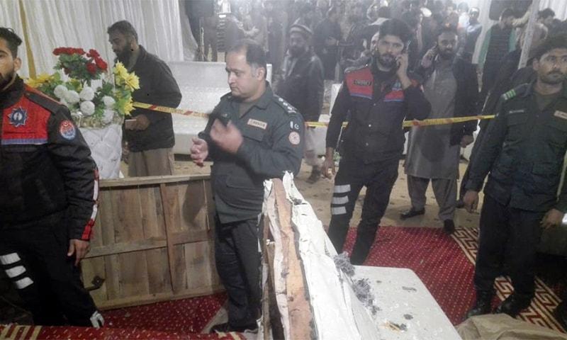 دھماکا لاہور کے علاقے ٹاؤن شپ میں ایک دوکان میں ہوا—فوٹو:وسیم ریاض