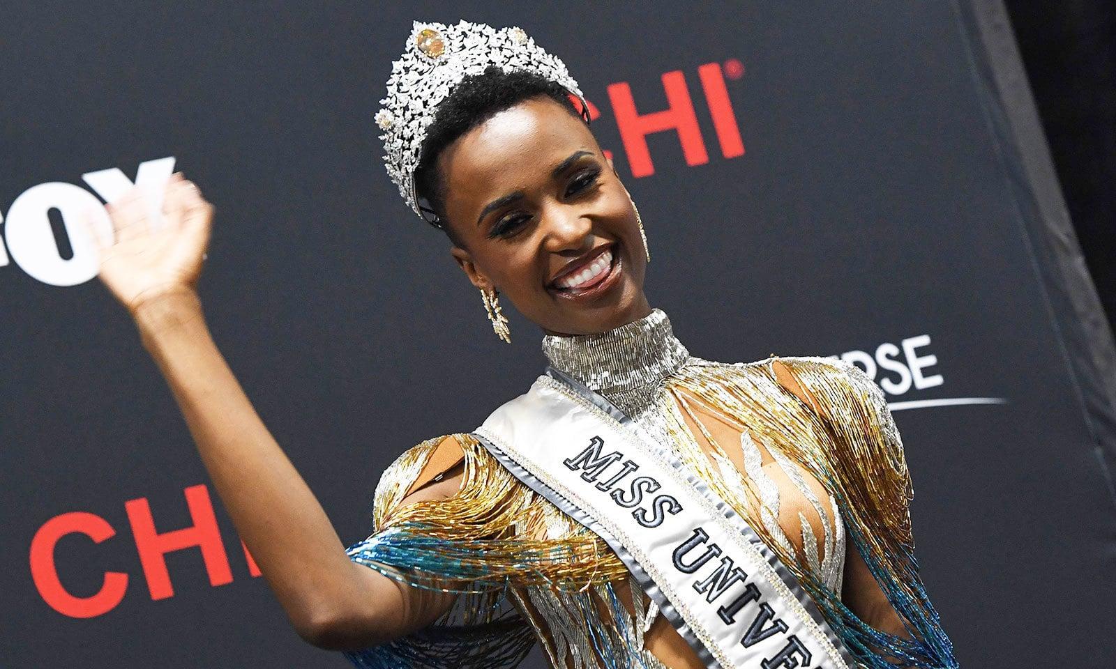 ززیبنی تنزی نے اپنی جیت کو سیاہ فام خواتین کی جیت قرار دیا—فوٹو: اے ایف پی