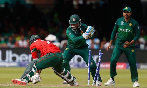 پاکستان اور بنگلہ دیش کے درمیان تین ٹی20 اور 2ٹیسٹ میچوں کی سیریز منعقد ہوئی تھی— فائل فوٹو: اے ایف پی