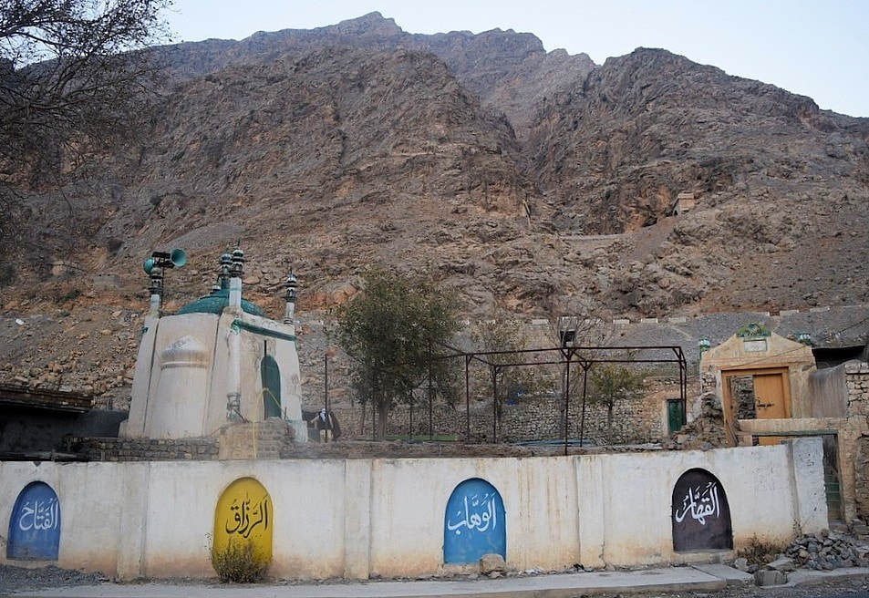 The famous Ali Masjid where Khyber Pass is the narrowest and hence this spot saw some decisive battles.