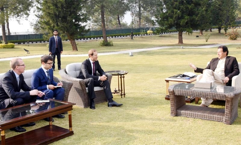 Russian Minister for Industry and Trade Denis V. Manturov calls on Prime Minister Imran Khan  on Wednesday. — Radio Pakistan