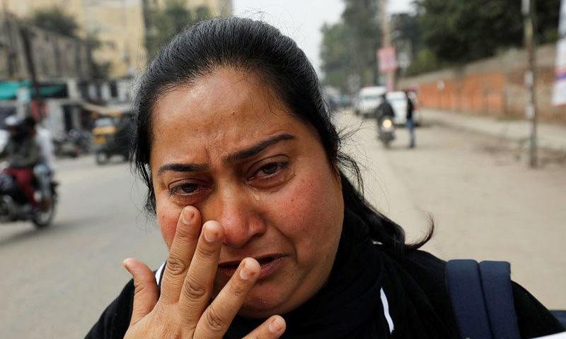 بھارتی ریاست پنجاب کی نیلم کے شوہر بھی کئی سال قبل انہیں چھوڑ کر بیرون ملک فرار ہوگئے تھے—فوٹو: رائٹرز
