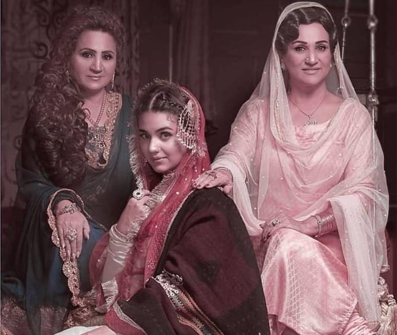 Asma Abbas, Zara Noor Abbas and Bushra Ansari appeared together in Aangan