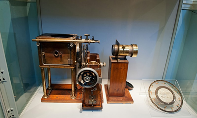 zoopraxiscope، جو ہمیں سنیما کی ایجاد کے مزید قریب لے گئی