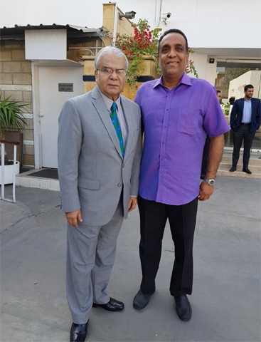 With a Pakistani stalwart in cricket commentary Chishti Mujahid - Photos courtesy: Roshan Abeysinghe