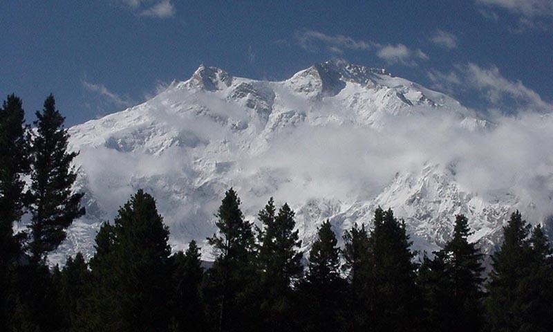 فیری میڈوز سے نانگا پربت کا نظارہ—فوٹو: عبیداللہ کیہر