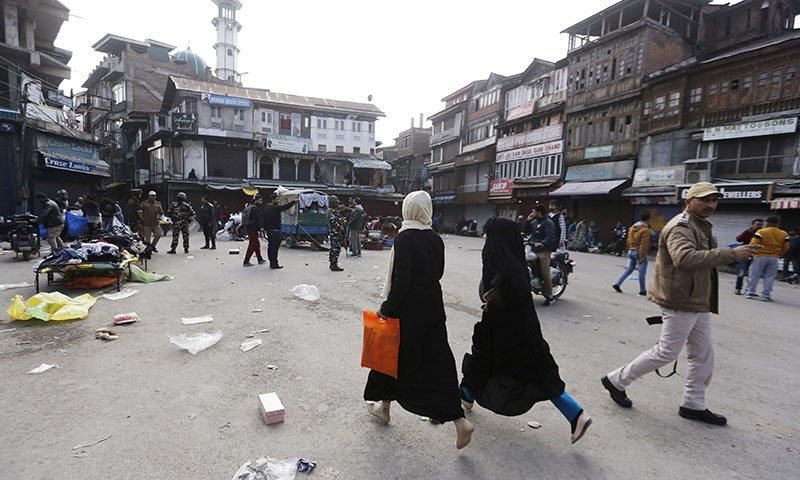 Internet services have been blocked in occupied Kashmir, making it hard for people and journalists to access information. — Reuters/File