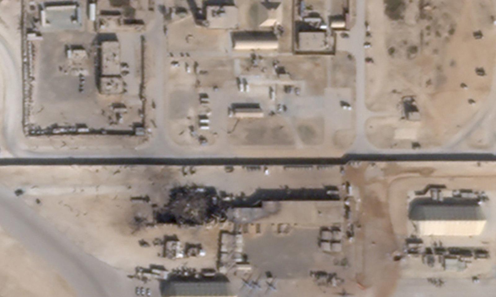 ایران کی جانب سے الاسد ایئر بیس پر میزائل حملوں کے بعد ایک جگہ مکمل تبادہ ہوگئی—فوٹو: رائٹرز
