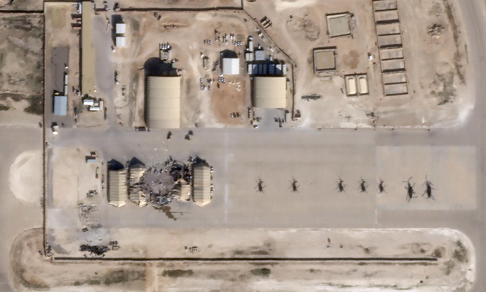 ایرانی حملے سے متاثر الاسد ایئر بیس کی ایک  سیٹلائٹ تصور جاری کی گئی—فوٹو: رائٹرز