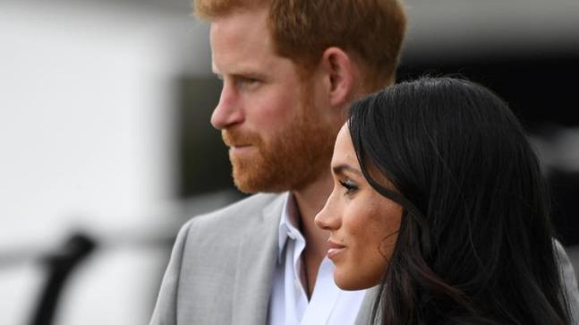شہزادہ ہیری اور ان کی اہلیہ میگن نے شاہی حیثیت سے دستبرداری کا اعلان کیا—فوٹو:رائٹرز