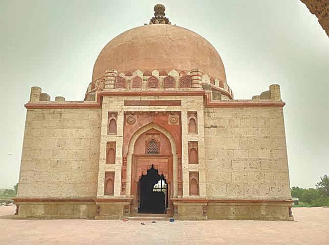 Tomb of Khawaja Khizr in Sonipat, India