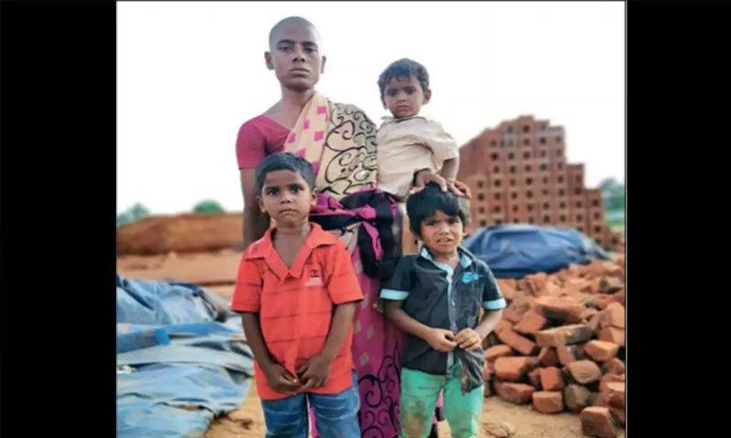 بھارت: خاتون نے بچوں کی غذا کے لیے 150 روپے میں بال فروخت کردیے