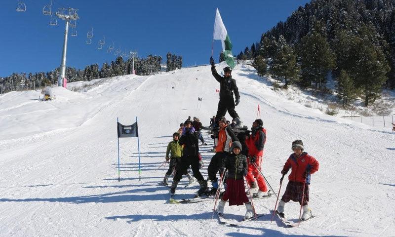کالام کی 8 ٹیموں نے حصہ لیا—فوٹو:مراد علی خان
