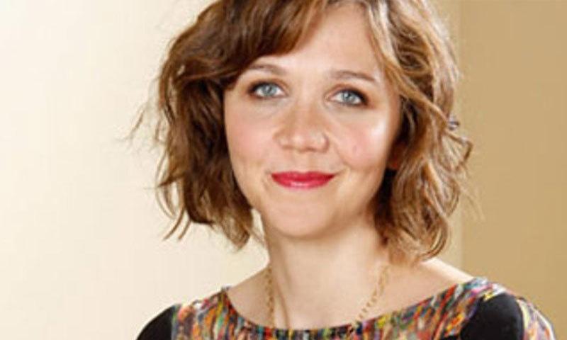 اداکارہ میگی گیلن ہال کو بھی گرفتاری کے بعد رہا کردیا گیا—فائل فوٹو: اے پی
