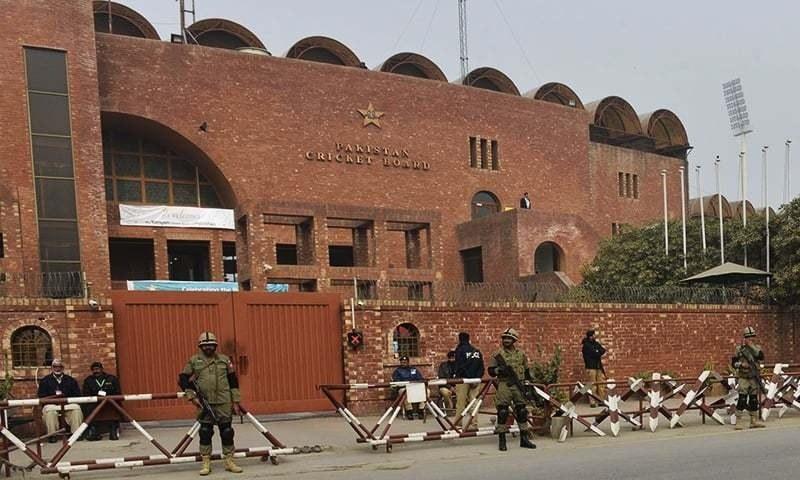 پاکستان کرکٹ بورڈ سے نجم سیٹھی دور کے تقریباً تمام افسران استعفیٰ دے چکے ہیں— فوٹو بشکریہ پی سی بی