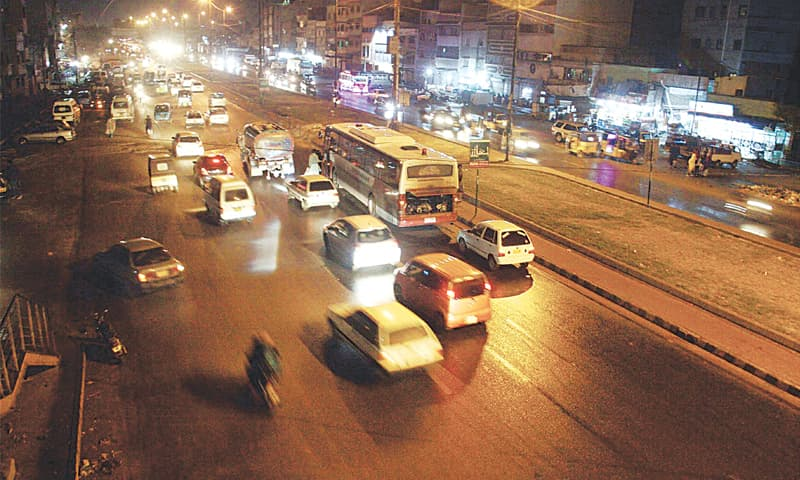 VEHICULAR traffic on a city road amid drizzle on Monday evening.—Online