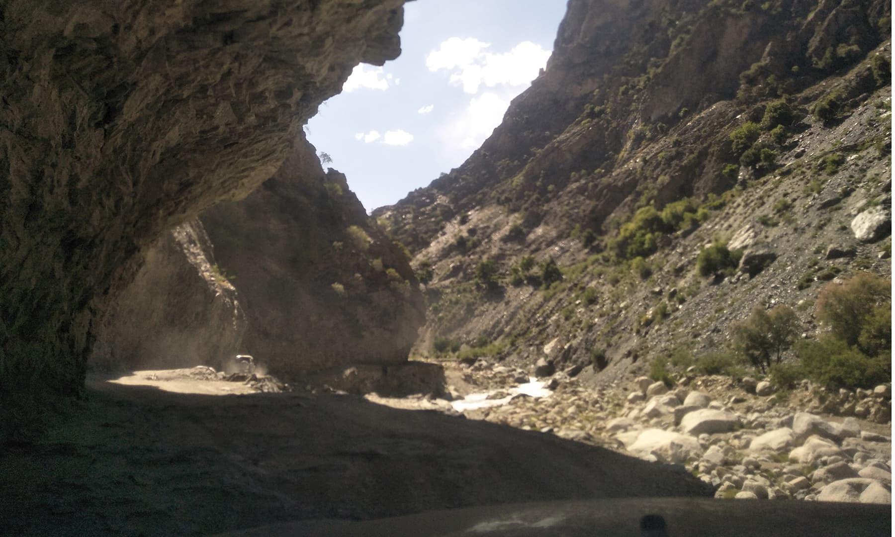 وادی رمبور بیمبوریت سے 15 کلومیٹر کے فاصلے پر واقع ہے—عظمت اکبر