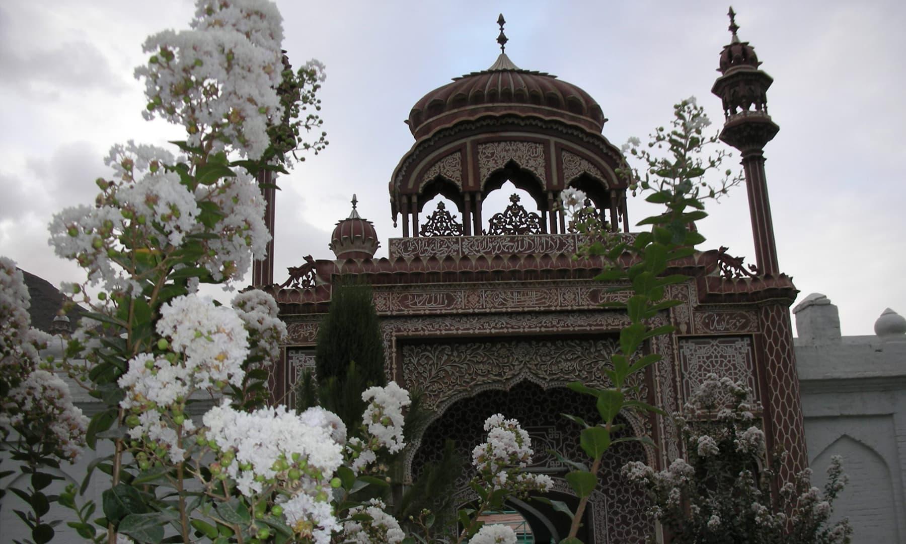 چترال کی تاریخی شاہی مسجد—عظمت اکبر