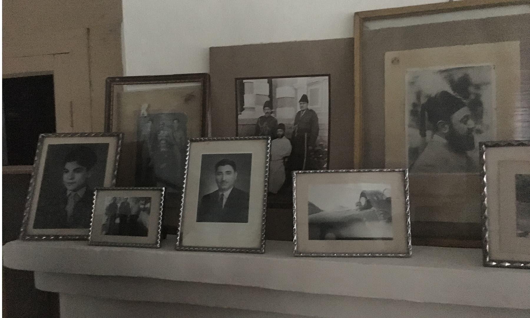 قلعے میں موجود کچھ پرانے وقتوں کی تصاویر—تصویر عظمت اکبر