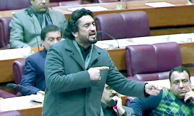 Minister for States and Frontier Regions (Safron) and Narcotics Control Shehryar Khan Afridi speaks in the National Assembly. — DawnNewsTV