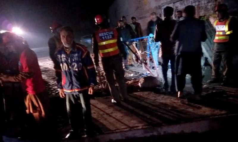 زخمیوں میں سے 2 خواتین کی حالت نازک ہے، ترجمان ایچ ایم سی — فوٹو: سراج الدین