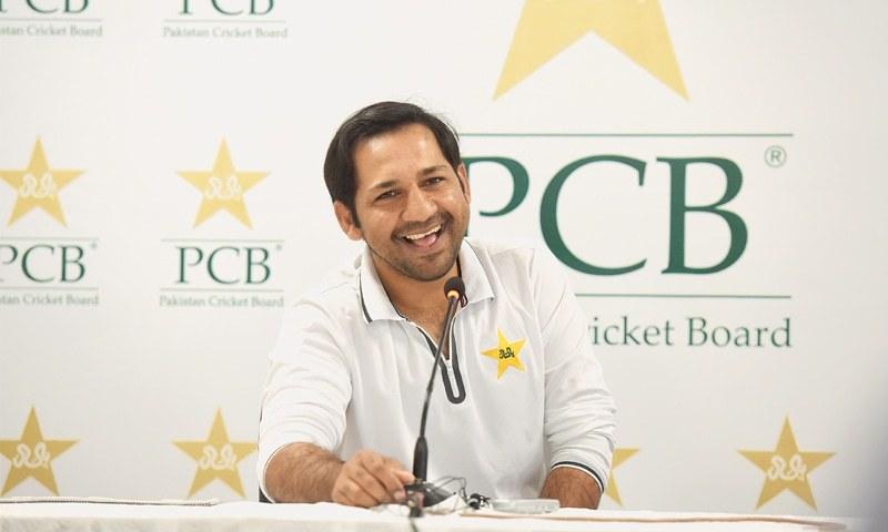 بنگلہ دیش کے خلاف ٹی20 سییرز کے لیے سابق کپتان سرفراز احمد کی قومی ٹی20 ٹیم میں شمولیت کا امکان ہے— فائل فوٹو: ڈان