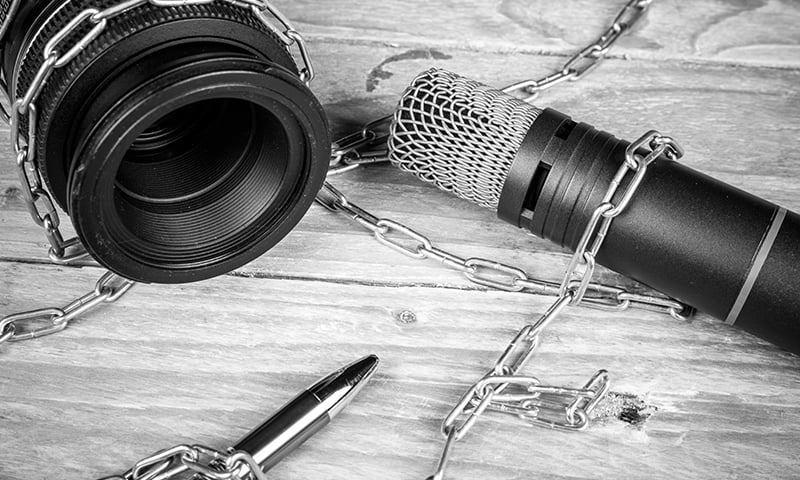 2019 میں فرائض کی انجام دہی کے دوران کم از کم 7 صحافیوں کو قتل کیا گیا —تصویر: شٹر اسٹاک