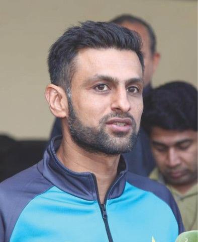 PAKISTAN batsman Shoaib Malik addresses reporters on Wednesday.—INP