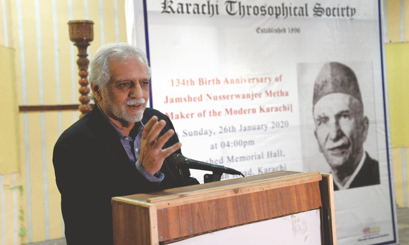 Architect Shahid Abdullah speaks at the event.—White Star
