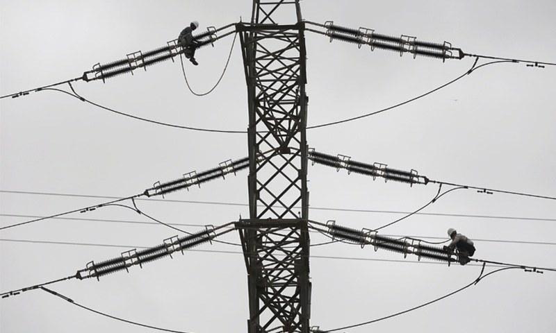 ڈسکوز نے بجلی کی قیمتیں بڑھانے کے لیے درخواستیں دائر کرنا شروع کردیں