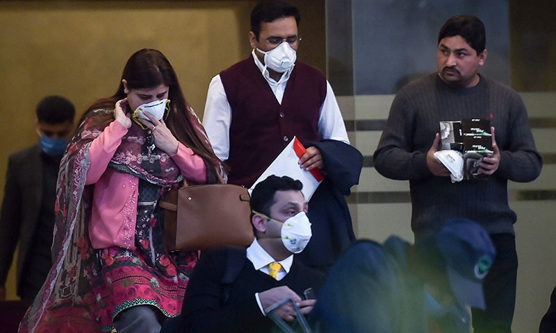 Pakistan halts flights to and from China as death toll from coronavirus rises
