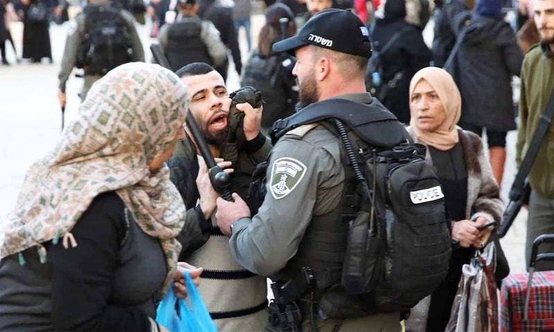 فلسطین: مسجد اقصیٰ میں اسرائیلی 'فائرنگ' سے 10 نمازی زخمی