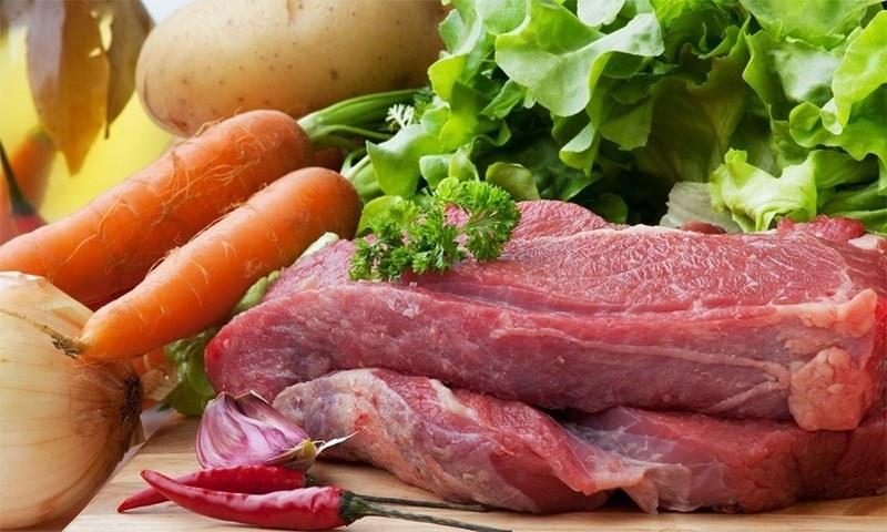 گوشت کھانے سے کورونا نہیں پھیلتا، ماہر وبائی امراض—فوٹو: شٹر اسٹاک