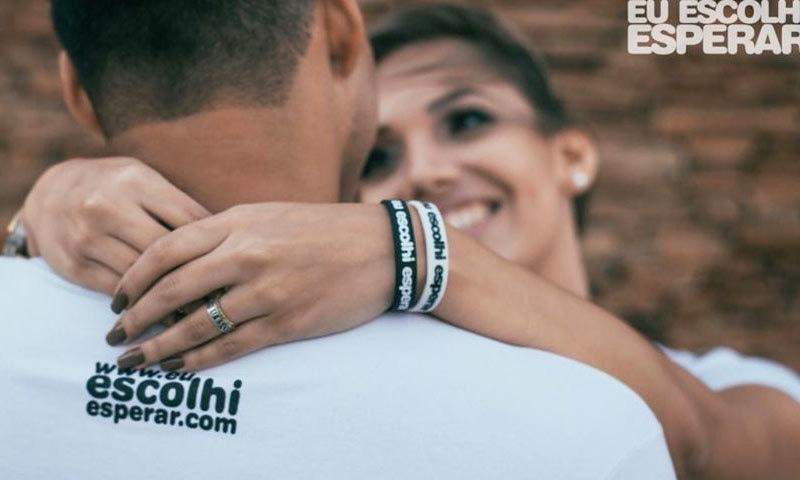 سوشل میڈیا پر سرکاری مہم میں نوجوانوں کو سیکس کو شادی کے لیے بچا کر رکھنے کی تجویز دی جا رہی ہے—فوٹو:escolhiesperar انسٹاگرام