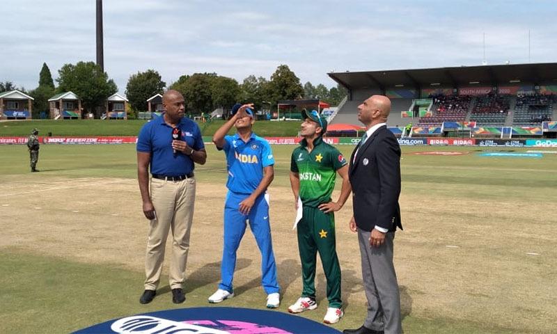 پاکستانی کپتان کے فیصلے پر دونوں ہی ٹیمیں خوش محسوس ہوئیں—فوٹو: پی سی بی ٹوئٹر
