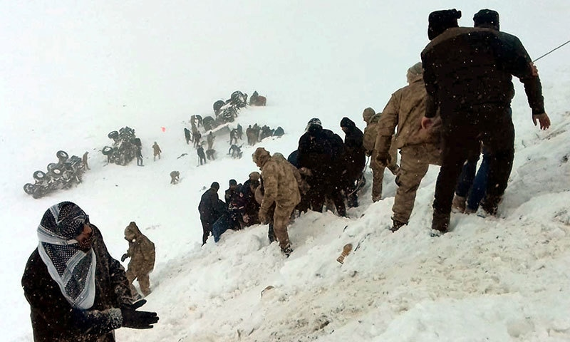 ترکی: برفانی تودہ گرنے سے 38 افراد جاں بحق، متعدد زخمی