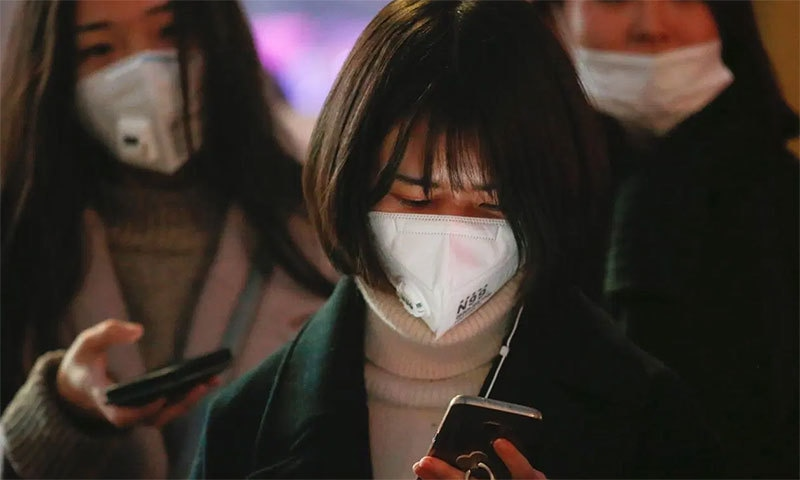 کیا فیس ماسک نئے کورونا وائرس سے بچا سکتا ہے؟