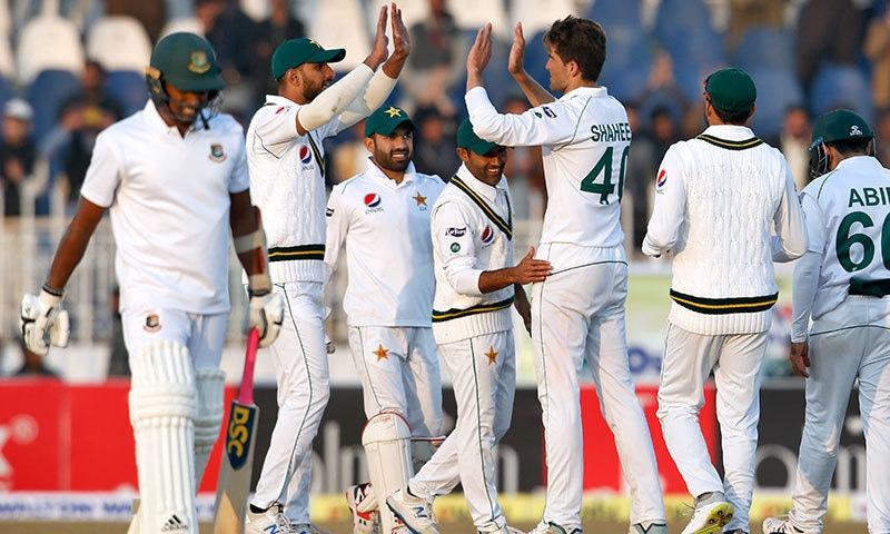 پہلا ٹیسٹ: بنگلہ دیش کی پوری ٹیم پہلی اننگز میں 233 رنز پر آؤٹ